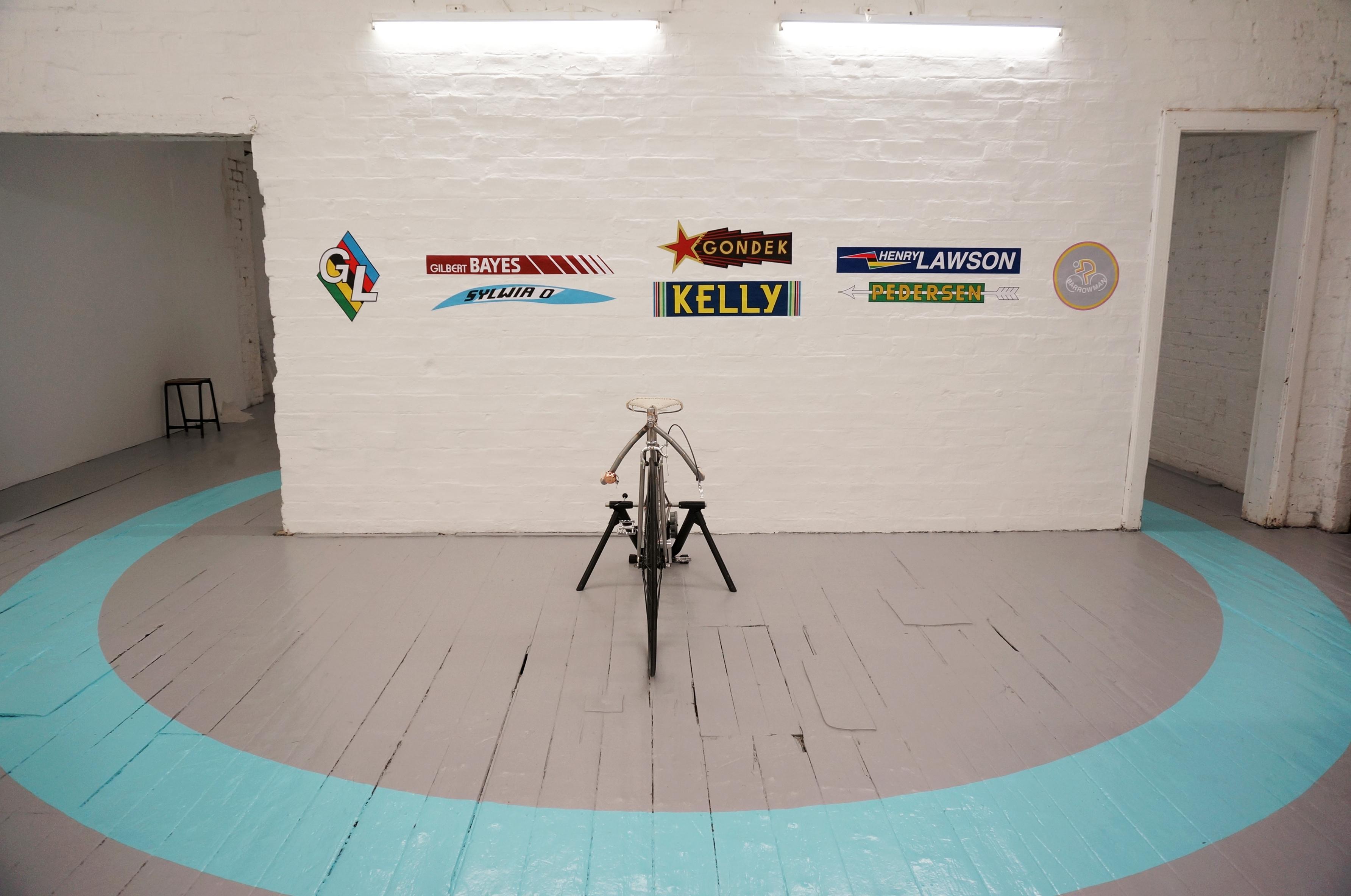 Giulia Lazzaro bicyclette install